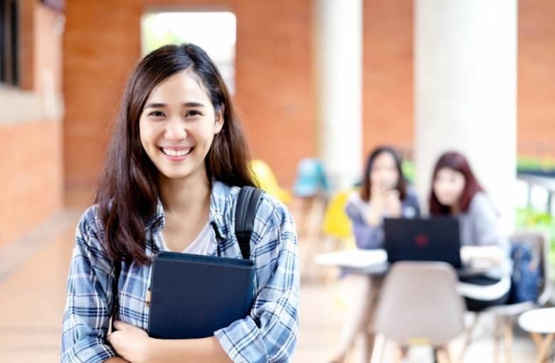Pendidikan Akademis sebagai Langkah Dasar untuk Berkembang Lebih Luas