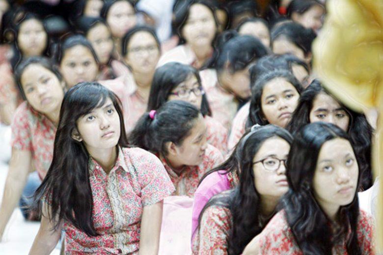Mengapa Banyak Remaja Berperilaku Tak Wajar, Tanggung Jawab Siapa?