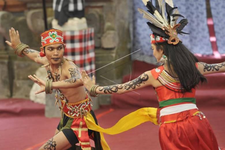 Mengelola Budaya Borneo
