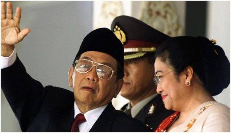 The New Order Story [8] According to Soeharto, Gus Dur and Megawati Must Be Paralyzed