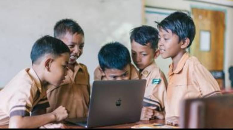 Dunia Pendidikan Nasional Harus Semakin Ramah