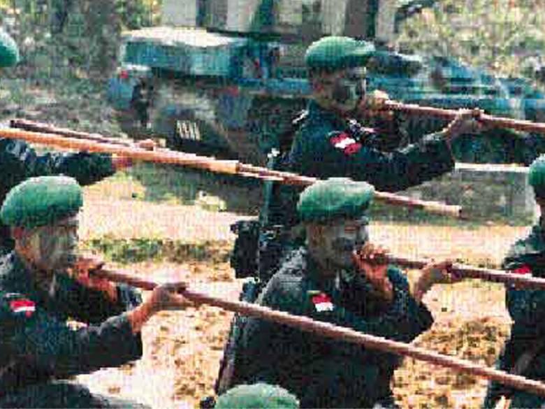Sumpit ala Suku Dayak Jadi Senjata Khusus  TNI AD
